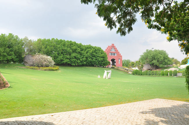 Theme japanese garden in ramoji film city